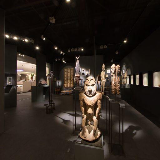 Galerie Meyer-Oceanic Art - TEFAF Maastricht 2017
