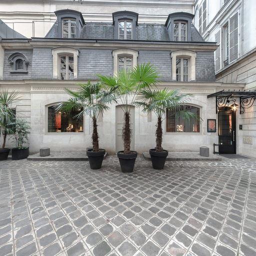 Galerie Mermoz - 6 rue du Cirque, 75008 Paris